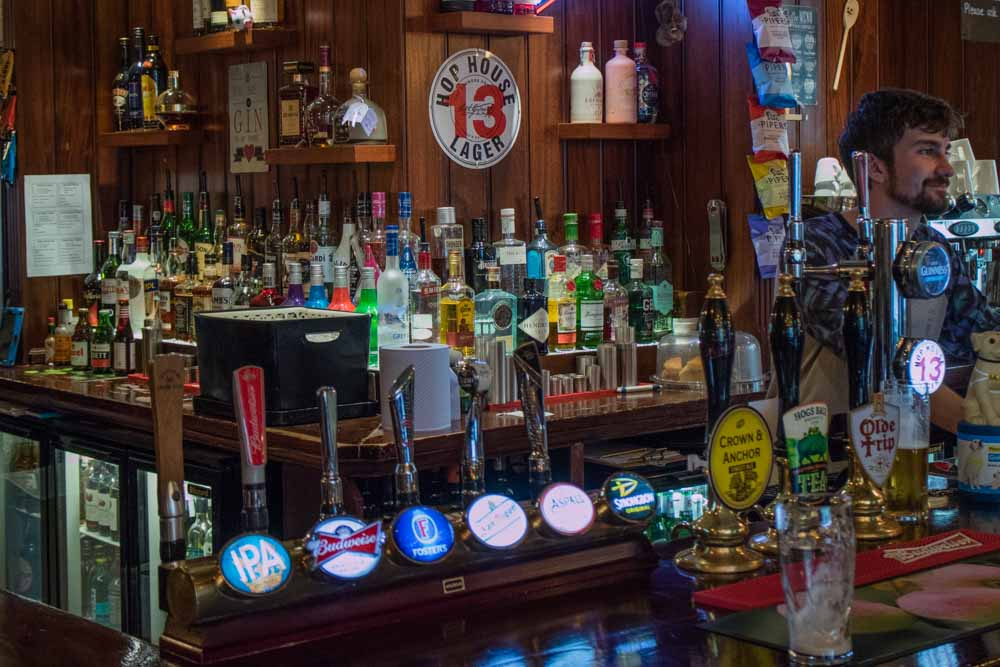 The-Crown-and-Anchor-Winchester-8